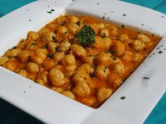 Garbanzos a la cerveza con Thermomix Vegetarian Side Dishes, Vegetarian Recipes, Healthy Recipes, Wine Recipes, Salad Recipes, Cooking Recipes, Spanish Stew, Kitchen Dishes, Vegetable Recipes