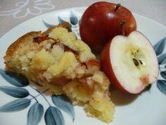 """Kaikkien kehuma omenapiirakka niittää mainetta - """"Tuhottiin alle tunnissa"""" Apple Pie Recipes, Sweet Recipes, Baking Recipes, Baking Ideas, I Love Food, Good Food, Fun Food, Finnish Cuisine, Finnish Recipes"""