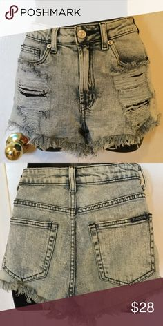 🚨DONATING TODAY🚨High Waisted Short Shorts 10/10 condition. Size Xs Shorts Jean Shorts