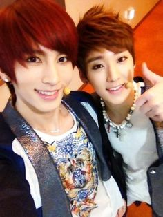 Kiseop and Kevin of UKISS