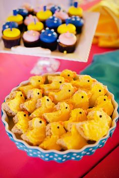 The Party Wall: Rubber Ducky Inspired First Birthday Party. Amazing party ideas!!!!!