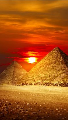 Sunset at the Giza Pyramids, Egypt.