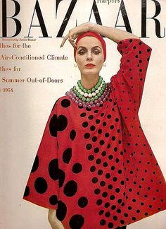 Bateau-neck tunic worn over black cigarette pants by Claire McCardell, cover by Richard Avedon, May 1954