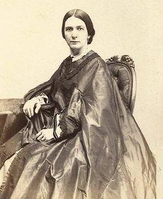 ANTEBELLUM or CIVIL WAR Era WOMAN in Fine SATIN or SILK CAPE LACE & BEAD ACCENTS
