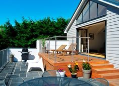 Luxury holiday accommodation, West Wales. www.holidaytresaith.co.uk