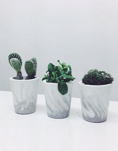 Concrete marbled planters perfect for indoors and outdoors, picked for the #stylechallenge with @BeckyGoddardH @TheAnaMumDiary and @PennyAlexander_ Which one do you like the best?