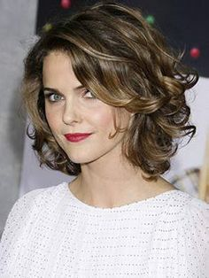 Frisuren Mittellang Stufig Locken Frisuren Pinterest Stufige