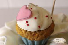 Bachelorette Party Cake   Big CupCake detail - Pormenor Bolo Despedida de Solteira