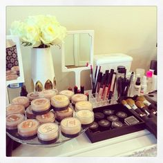 bare minerals layout