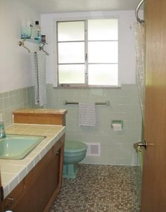 36 1950s Green Bathroom Tile Ideas And Pictures Avocado Suite Mint Grey