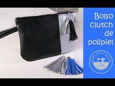 Bolso de mano clutch de polipiel de moda, muy fácil - YouTube Coin Purse Tutorial, Zipper Pouch Tutorial, Tote Tutorial, Diy Clutch, Bag Patterns To Sew, Sewing Patterns, Patchwork Bags, Sewing Tutorials, Bag Tutorials