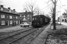 Speelhuislaan; Het treintje vervoerde goederen vanaf het station naar bedrijven op het industrieterrein Crogten