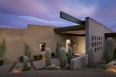 Casa Moderna en el Desierto