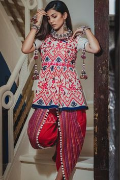 Off White Khadi Navratri Special Kediya with Dhoti Salwar 141018 Garba Dress, Navratri Dress, Choli Designs, Kurta Designs, Chudidhar Designs, Indian Dresses, Indian Outfits, Patiyala Dress, Salwar Pattern