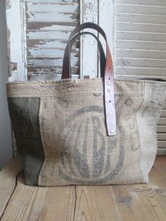 Dimensions : 55 x My Bags, Purses And Bags, Sac Vanessa Bruno, Diy Sac, Burlap Bags, Couture Bags, Linen Bag, Fabric Bags, Handmade Bags