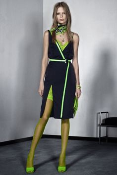 Versace pre-spring/summer 2016. Click to see the collection