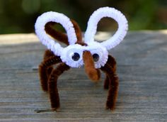 Mosquito pipe cleaner craft
