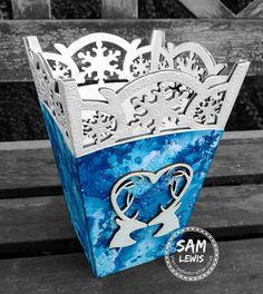 Snowflake Vase by Sam Lewis AKA The Crippled Crafter.  http://www.thecrippledcrafter.co.uk/2017/09/christmas-vase-daisys-jewels-crafts.html  #TheCrippledCrafter #DaisysJewelsAndCrafts #Hochanda #MDF #SpectrumNoir #Christmas
