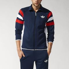 Inspired by the look of a football jacket, the men's Trefoil FC Track Jacket takes the zip-up to new places. With angled on the upper sleeves, contrasting side inserts and a printed Trefoil on the chest. Sport Fashion, Fitness Fashion, Mens Fashion, Blue Adidas, Adidas Men, Moda Nike, Types Of Jackets, Adidas Outfit, Sport Man