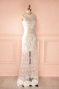 The perfect wedding dress : Impressio Ice - White see-through floral lace gown at 1861 Montréal store