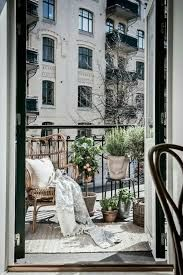 Image result for j'amenage mon petit balcon de ville
