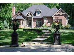 House - Milton, Ontario, Canada http://miltonhomessale.ca/