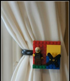 Make a beautiful #Lego #curtaintie back for your #kidsroom