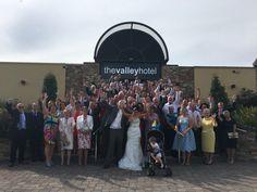 #valleyhotelweddings #groupphoto
