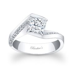 Diamonds are a girl's best friend!! GORGEOUS!!