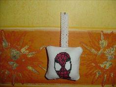 Coussin de porte Spiderman - Mes réalisations