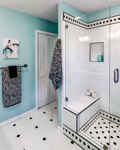 turquoise, black & white teen bathroom | Sabrina Alfin Interiors