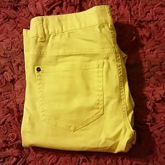 Yellow pants Cute yellow long pants nice to wear with a white top with flats tennis shoes or heels Forever 21 Pants