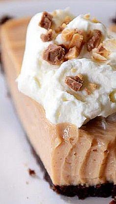 Creamy Peanut Butter Pie with Chocolate Cookie Crust