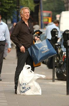 Need a date and location ..... Alan Rickman shopped at Maison de Famille. I know there's aMaison de Famille in Paris, France, but I don't know if there's one in London .... anyone have any info on this photo.?????????
