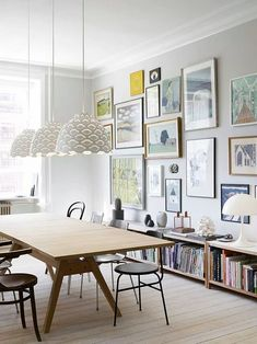 Get inspired by these dining room decor ideas! From dining room furniture ideas, dining room lighting inspirations and the best dining room decor inspirations, you'll find everything here! Dining Room Walls, Dining Room Lighting, Dining Room Design, Dining Area, Dining Table, Dining Room Picture Wall, Picture Walls, Table Lighting, Scandinavian Interior Design