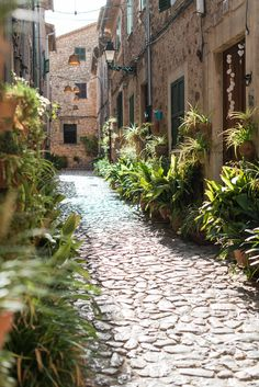 The old centre of Valdemossa, a beautiful mountain village in Mallorca, Spain