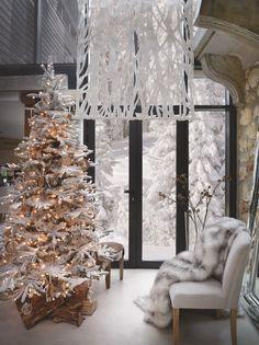 Новогодний декор в новых коллекциях от SIA Home Fashion.