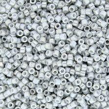 DB0252 - 白ギョクゴールドラスターグレー