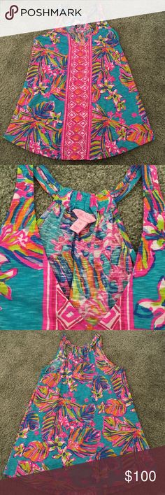 Lilly Pulitzer minka tank top New condition. Vibrant colorful print. Trapeze style tank. 100% cotton. Sold out top! Lilly Pulitzer Tops Tank Tops