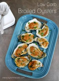 These broiled oysters are served on the half-shell for a tasty low carb appetizer that's buttery, sweet, and salty! Low Carb Appetizers, Appetizer Recipes, Seafood Recipes, Keto Recipes, Low Carb Blog, Low Carb Ketchup, Oysters Rockefeller, Raw Oysters, Tasty