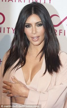 Kim and Khloe Kardashian went head-to-head in stunning outfits on the red carpet at the Hairfinity party in London on Saturday night. 100 Human Hair Wigs, Nude Lip, Khloe Kardashian, Model Photos, Wig Hairstyles, Hair Cuts, Hair Color, Smoky Eye, Outfits