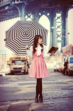 My favorites: black, white, pink, reading and rain!