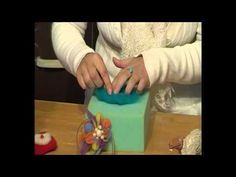 Needle Felting, Videos, Plastic Cutting Board, Butterfly, Clay, Youtube, Nuno, Google, Farmhouse Rugs