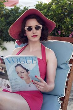 Midge Maisel Only Wore One Bra in The Marvelous Mrs. Maisel, and It Had to Be Made in Paris 1950 Outfits, Vintage Outfits, 1950s Fashion, Vintage Fashion, Style Retro, My Style, 40s Mode, Womens Tennis Skirts, Rachel Brosnahan