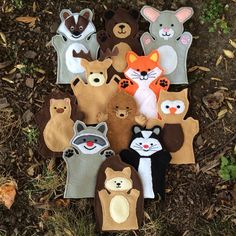 You are looking at a full woodland hand puppet set - available in three sizes! This is a set of 11 puppets - a badger, bear, bunny, deer, fox,