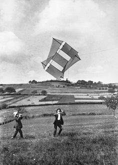 Jacques Henri Lartigue The kite, Louis, and M. Hubert Laroze, Rouzat (Puy-de-Dôme), August 1911.