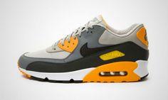 Nike Air Max 90 Essential Grey / Yellow   MATÉRIA:estilo Running Sneakers, Running Shoes For Men, Air Max Sneakers, Sneakers Nike, Mens Running, Nike Air Max, Air Max 90, Sneakers N Stuff, Sneakers For Sale