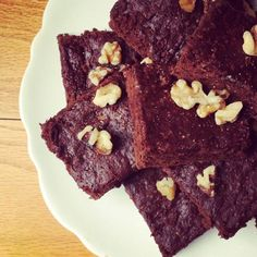 Gluten Free Chewy Chocolate Brownies with Walnuts and Coconut Oil - The Lemon Bowl