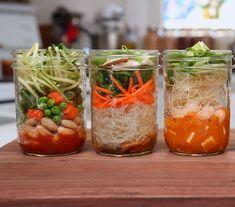 Essayez nos 5 recettes faciles de lunchs dans des pots Mason; soupe, salade, dessert, sushi, etc.