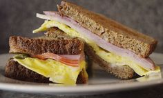 5 Minute Breakfast Sandwich - Looking for a speedy but hearty breakfast now that school is almost back in session, then look no further. Five minutes plus a few ingredients and you'll be good to go.